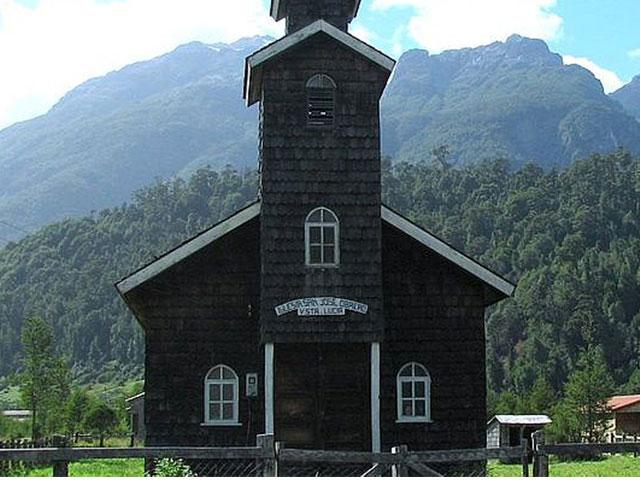 Chaiten e Puerto Pumalín