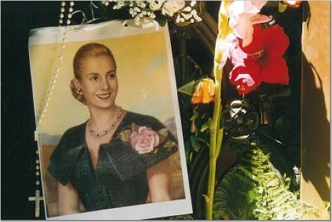 Retrato de Evita en Recoleta