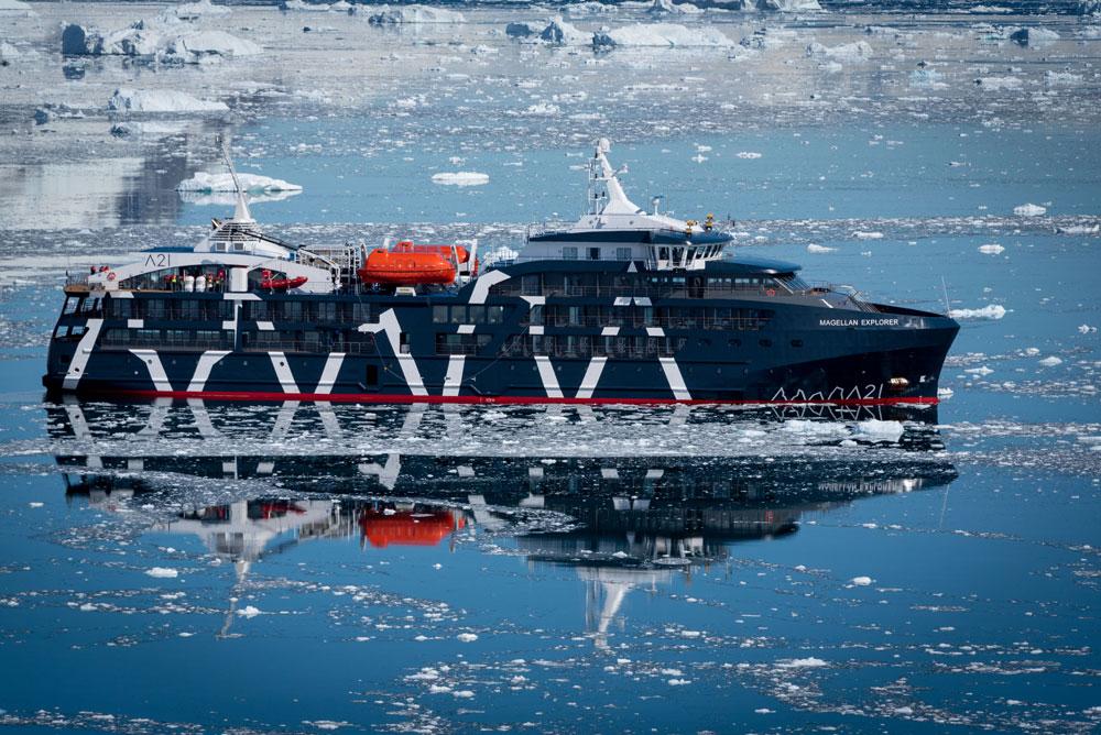 Barco Antartida 21